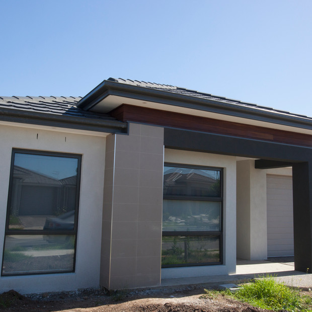New Modern Home with wide facade no landscaping