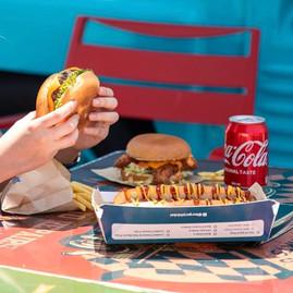 Burger Pit 1.jpg