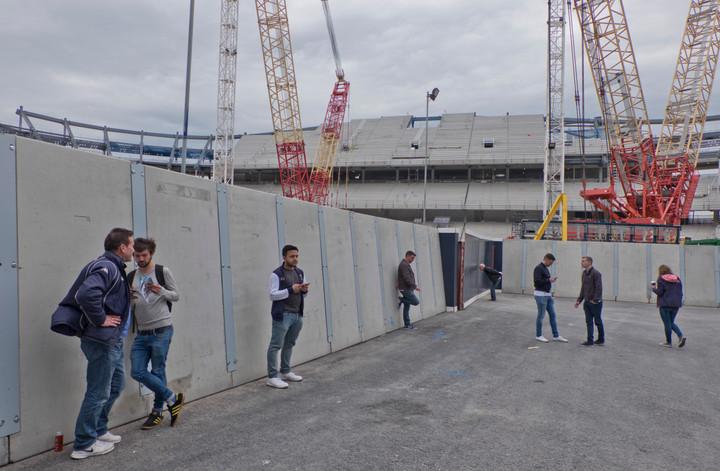 New stadium and luxury housing development in the grounds of Tottenham Hotspurs football ground in London