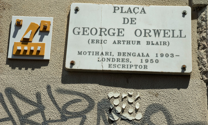 Square in Barcelona old town dedicated to George Orwell.