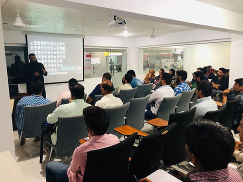class of digital marketing course at Ins