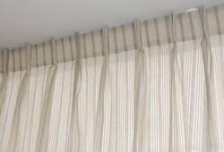 cortinas franjas beige