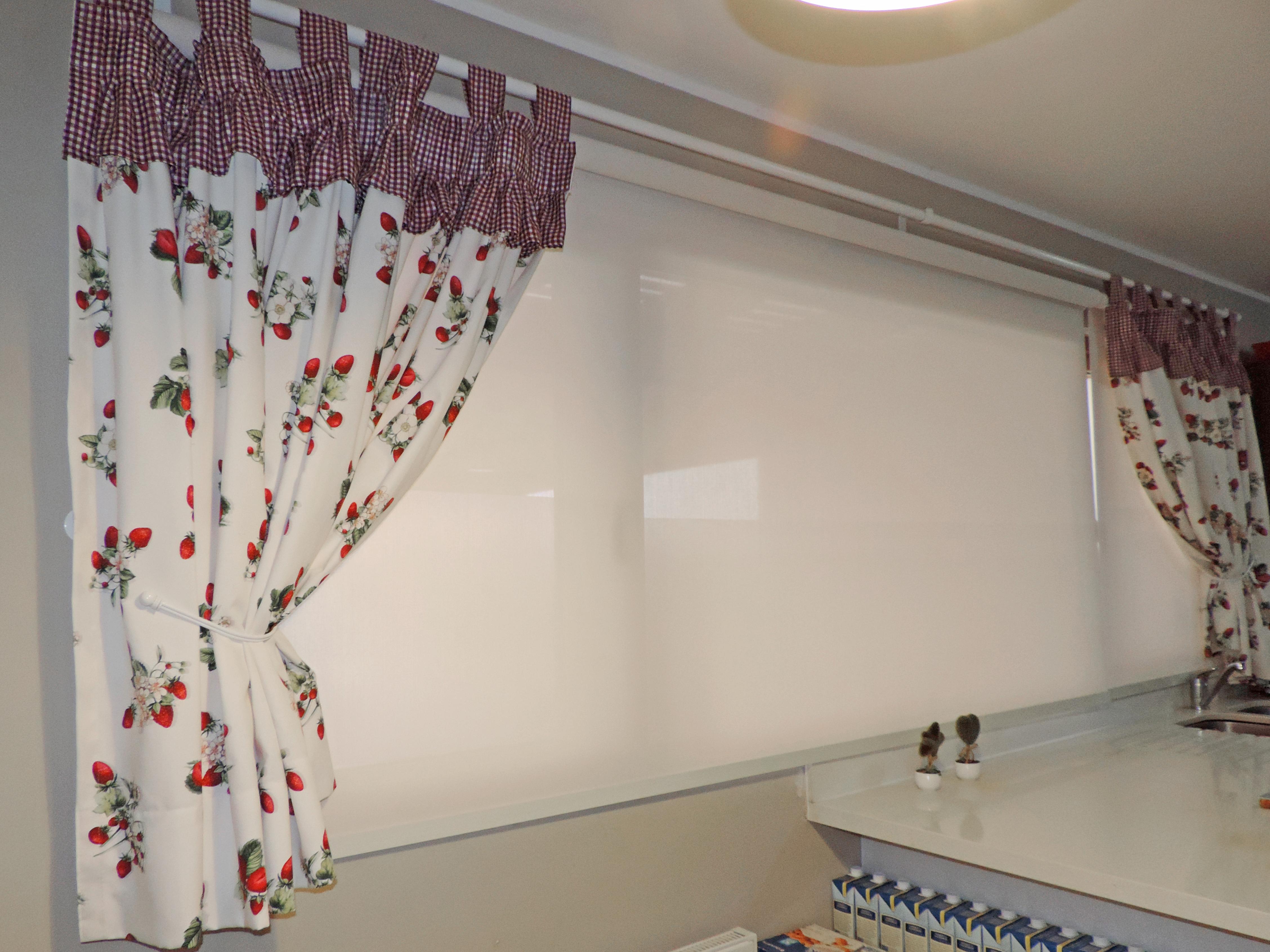 cortina y roller cocina