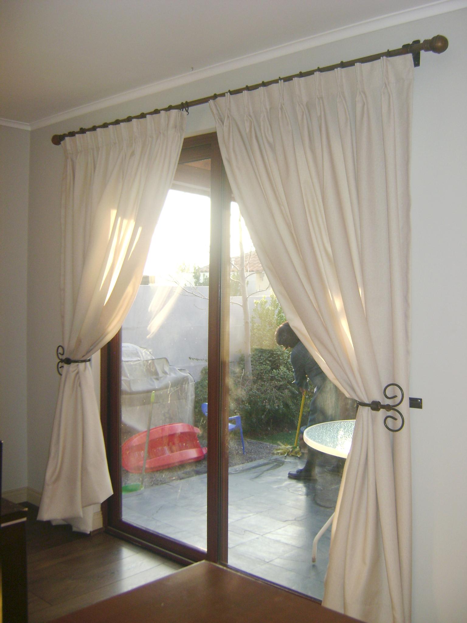 cortina con pinza