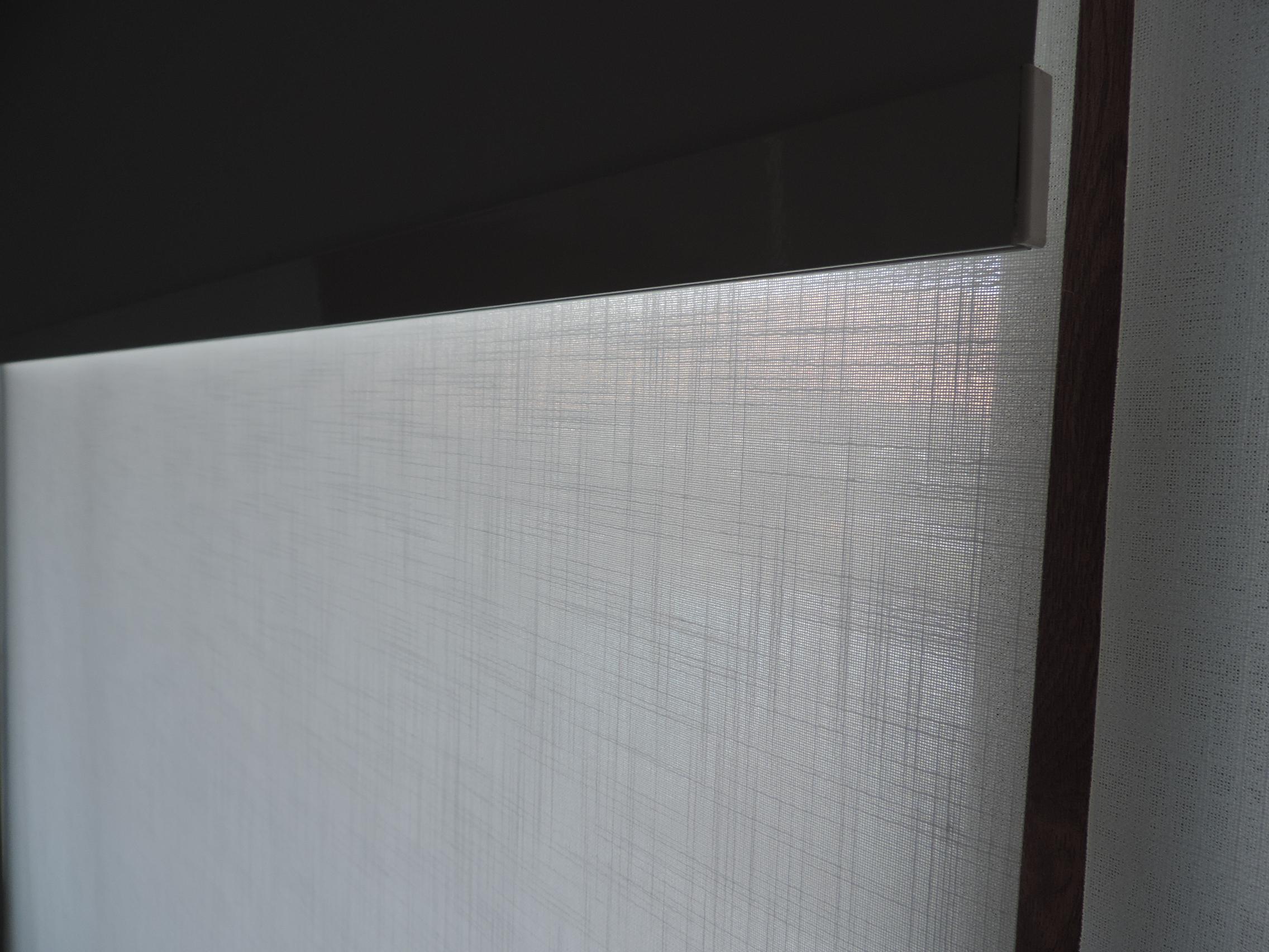 detalle tela roller traslucido