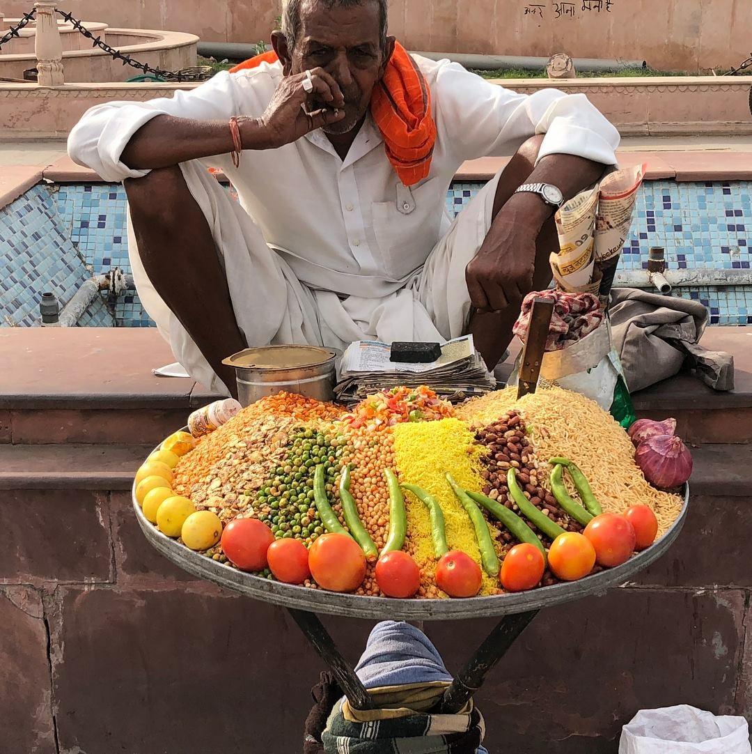 Street seller Jaipur India.jpg