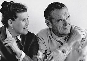 Vitra  Charles  Ray Eames (002).png