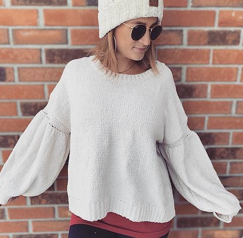 cream fluffy sleeves.jpg