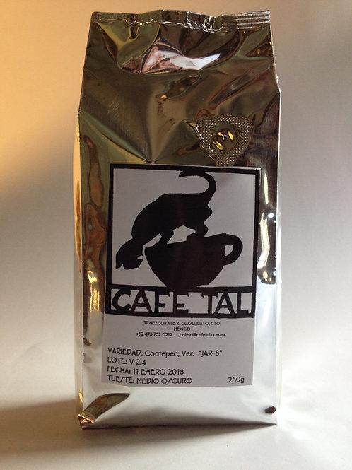 Café Medio Oscuro