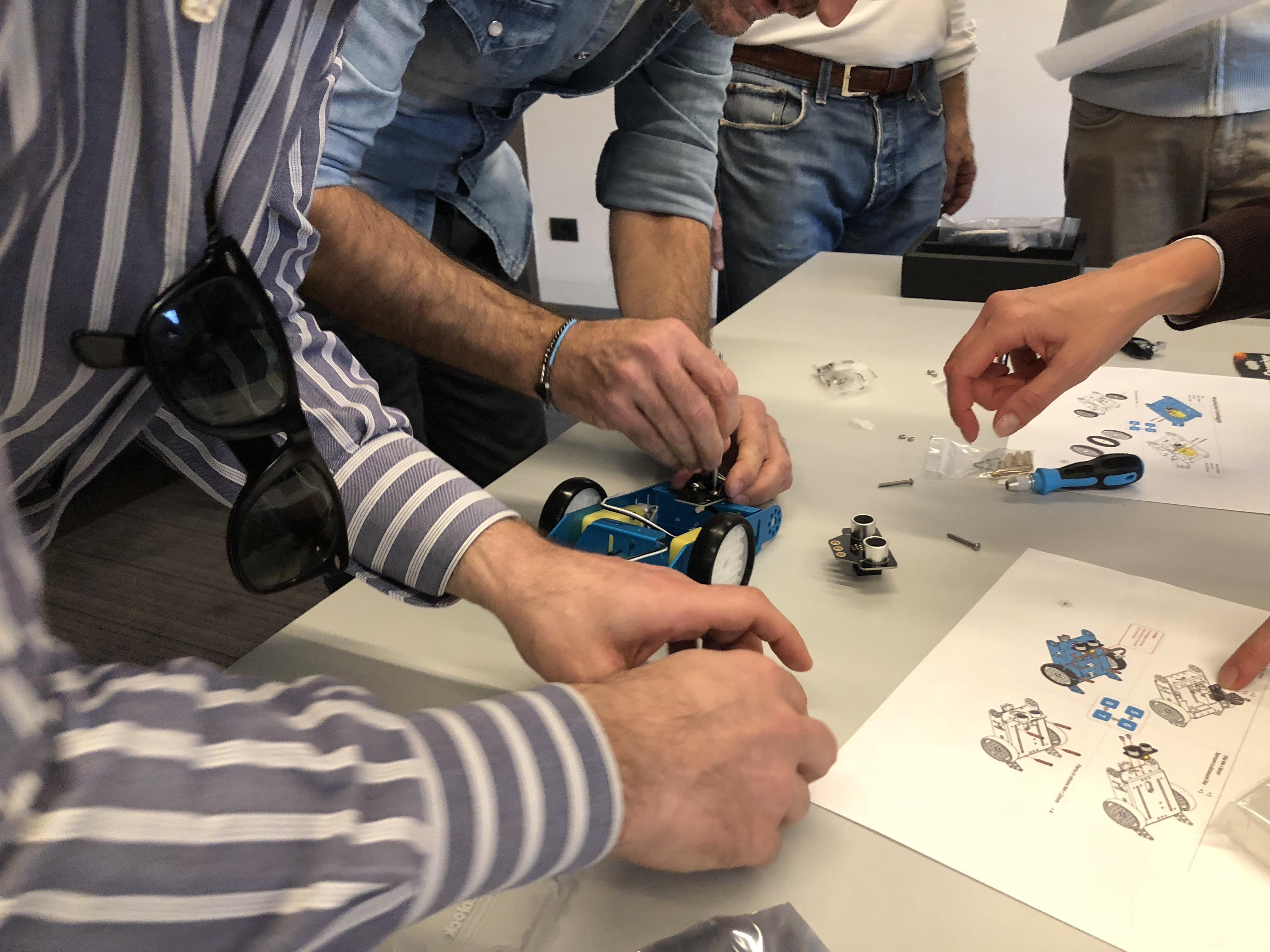 team building robot (9)