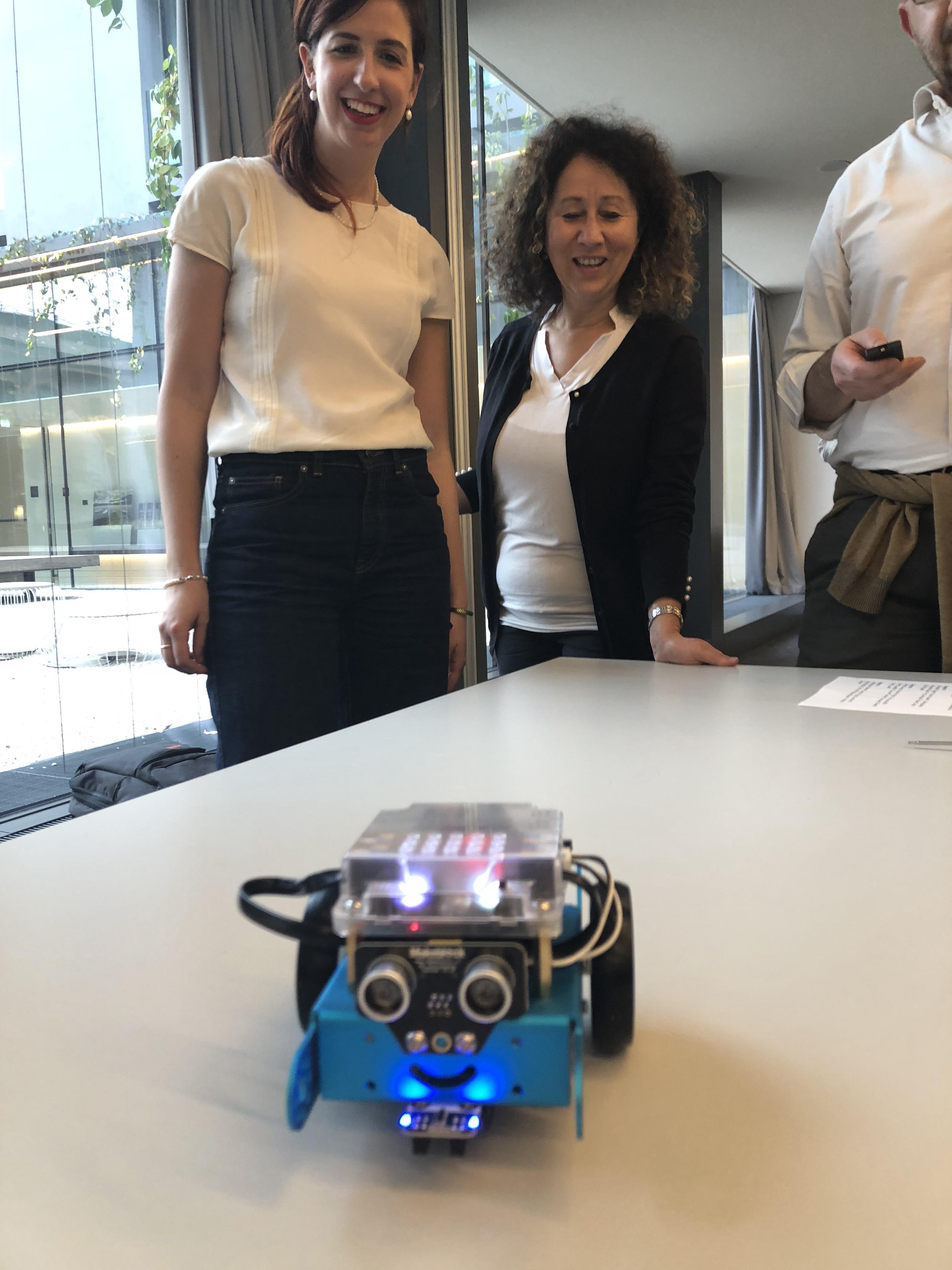 team building robot (12)