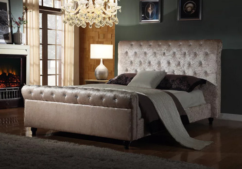 here we have a beautiful chesterfield cream velvet bed frame this listing is for a brand new luxurious king size fabric bed frame