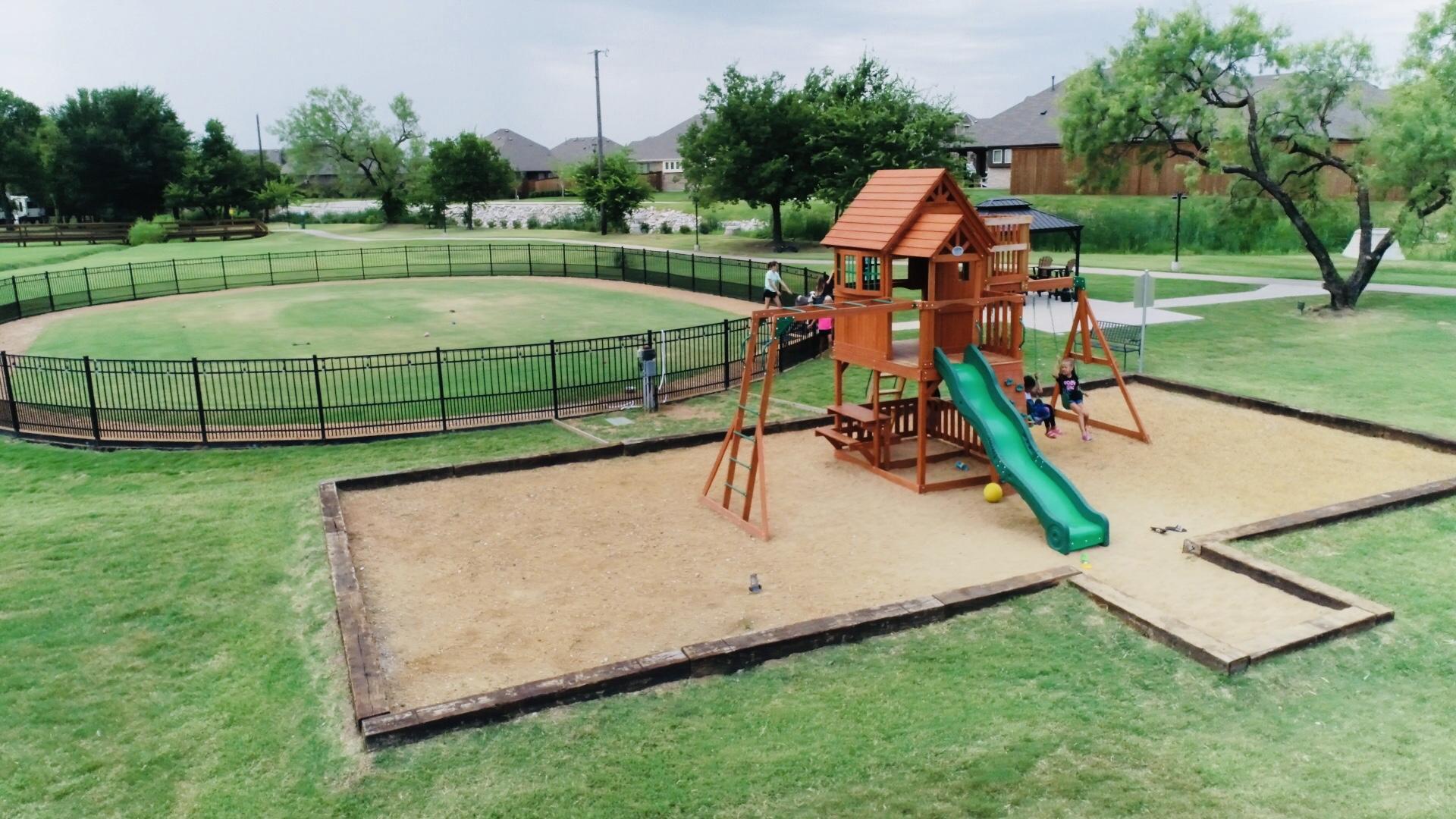 SC2019 Playground & Dog Park