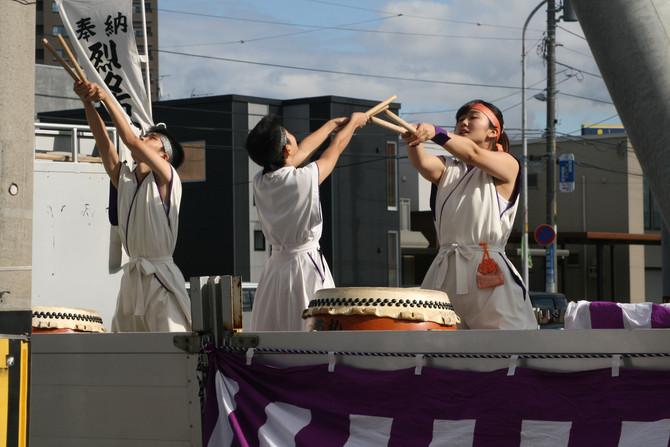 烈々布神社例祭