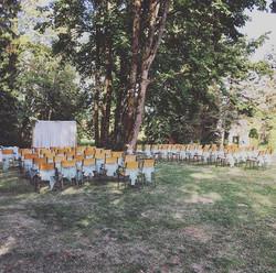 A beauty day, a farmer and a sex bomb! #wedding #jubilee #hall #bradner #abbotsford #abbotsforddj #p
