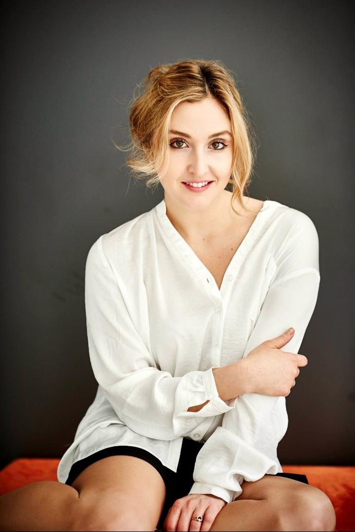 Venicia Sandria Rasmussen Sopran -Kaupo