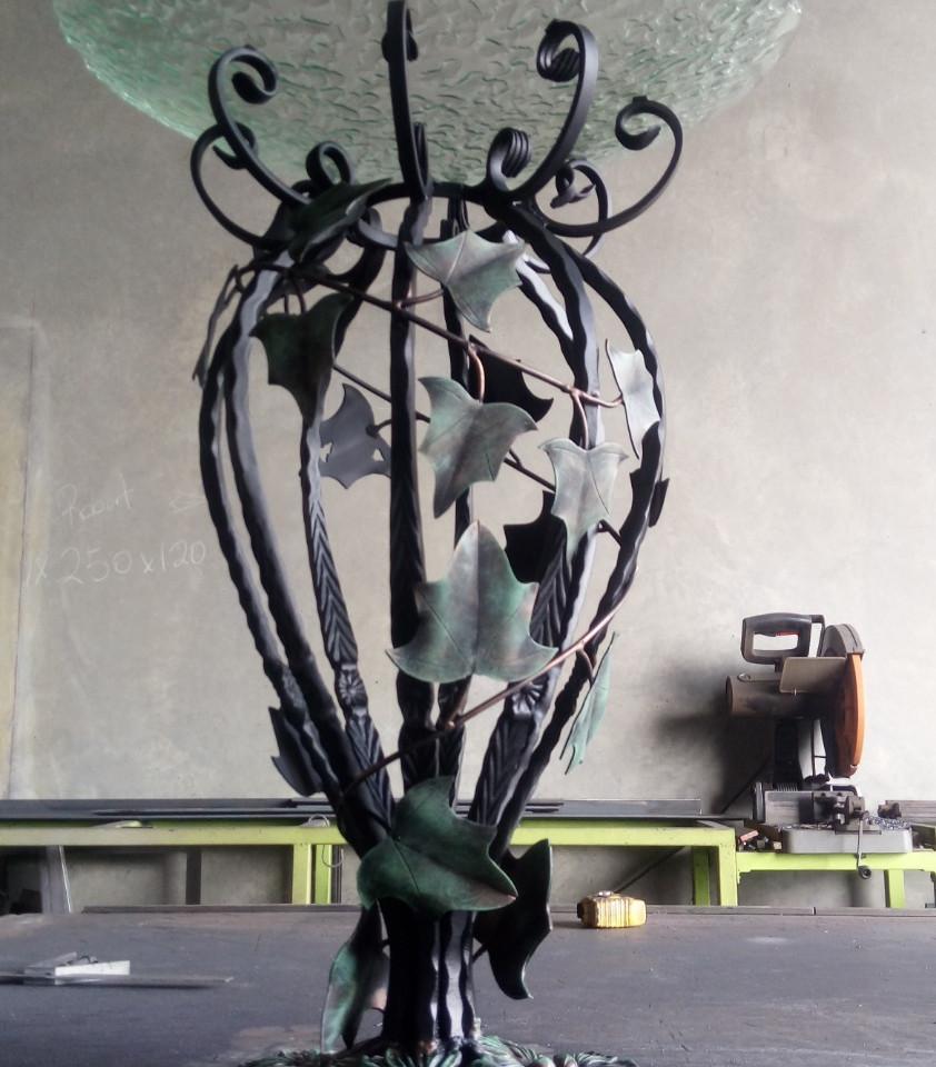 Year 22: Water (theme) - Boston Ivy birdbath with glass bowl