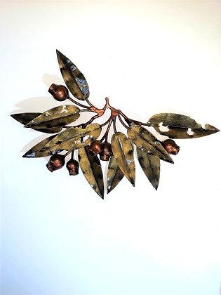Eucalyptus and Gumnut 11 leaf wallhanging