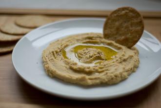 Hummus. [LEBANON / ISRAEL]