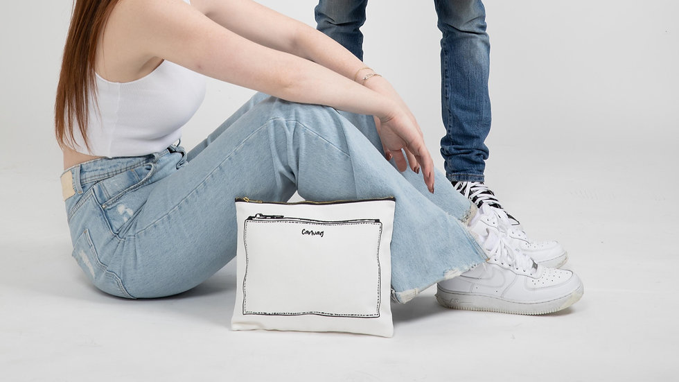 The Pouch in White