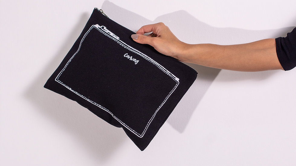 The Pouch in Black