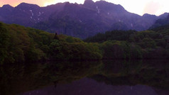 07-鏡池6月の夕景.jpg