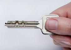 Keyin hand.jpg