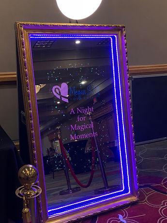 Magic Mirror Photo Booth Corporate