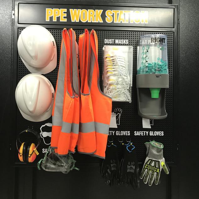 PPE Work station hanging unit