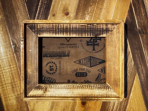 SMALL PICTURE FRAME