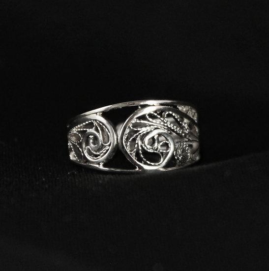 Hringur // Ring