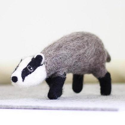 Badger Needle Felting Kit - Hawthorn Handmade