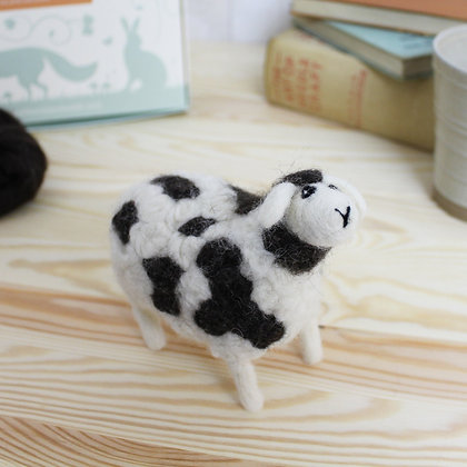 Jacob Sheep Needle Felting Kit - Hawthorn Handmade