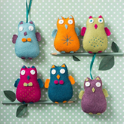 Corinne Lapierre - Happy Owls Felt Craft Kit