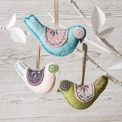 Corinne Lapierre - Scandinavian Birds Felt Craft Kit