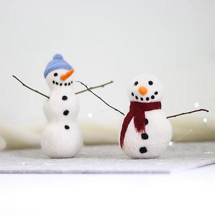 Snowmen Needle Felting Kit - Hawthorn Handmade