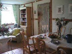 Whg2_Esszimmer_Wohnzimmer.jpg