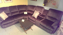 Elran sectional / Recling ends