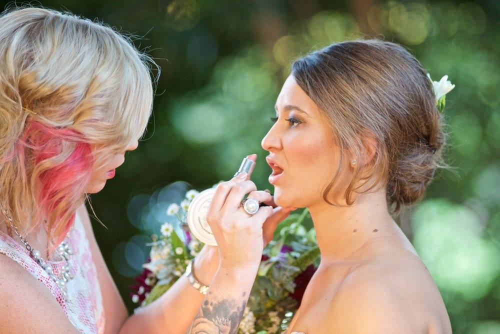 Finishing touches wedding day