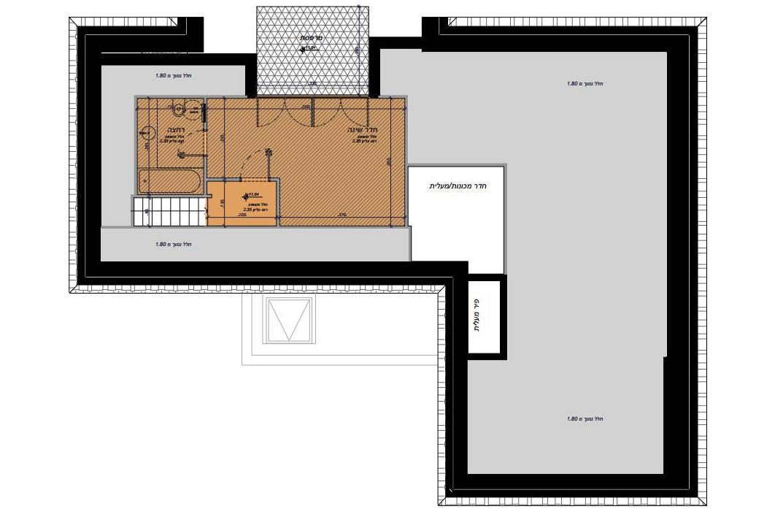 קומה שלישית