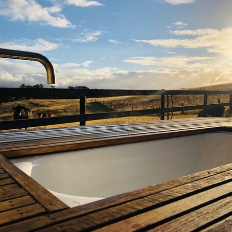 BATHTUB VIEWS TO MAKE YOU WARM THIS WINTER