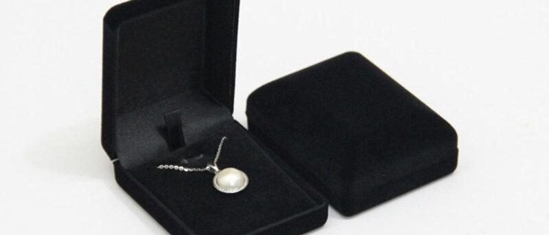 Caixa de joias pingente / colar / pacote de armazenamento de corrente Caixa de presente preta azul / vermelha /