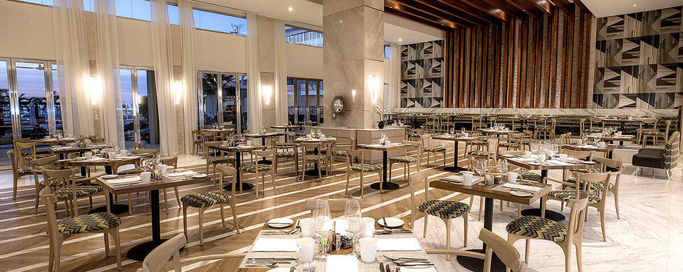 dining-bars-le-blanc-spa-resort-blanc-in