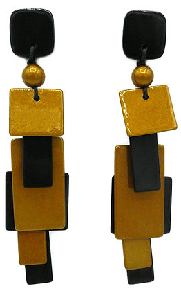 Gold Fountain Horn Earrings
