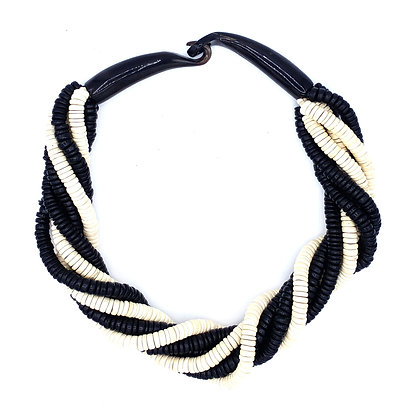 Black & White Coco Beads Necklace