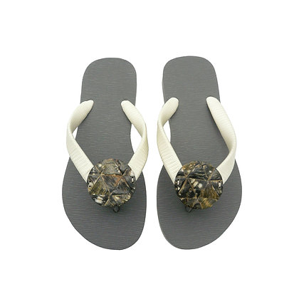 Raw Black Mother of Pearl Triangles Button Sandals
