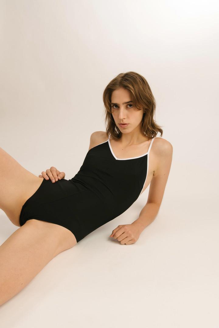swimsuit, sustainable swimwear brand, Wiener Bademodenlabel, Wiener Bademode, european swimwear, beachwear trends 2020