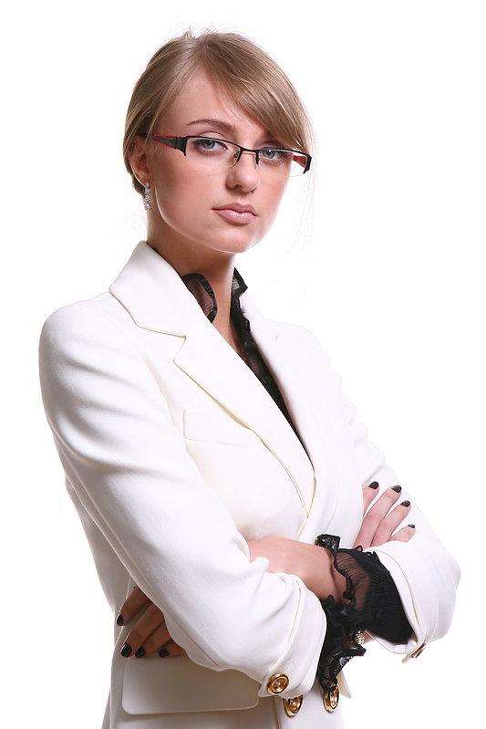 white-beautiful-blond-business-woman-43A