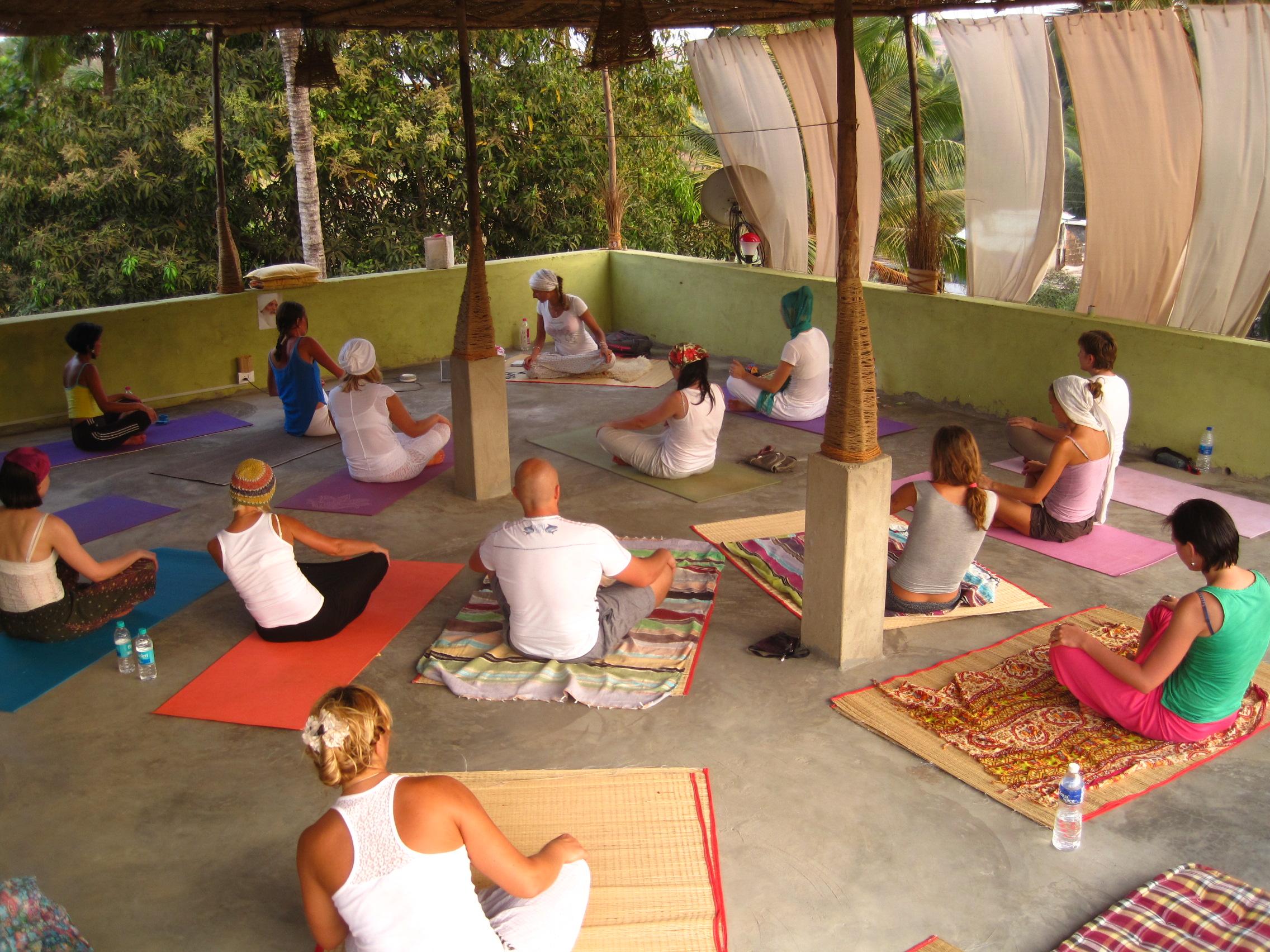 practice yoga shavasana goa