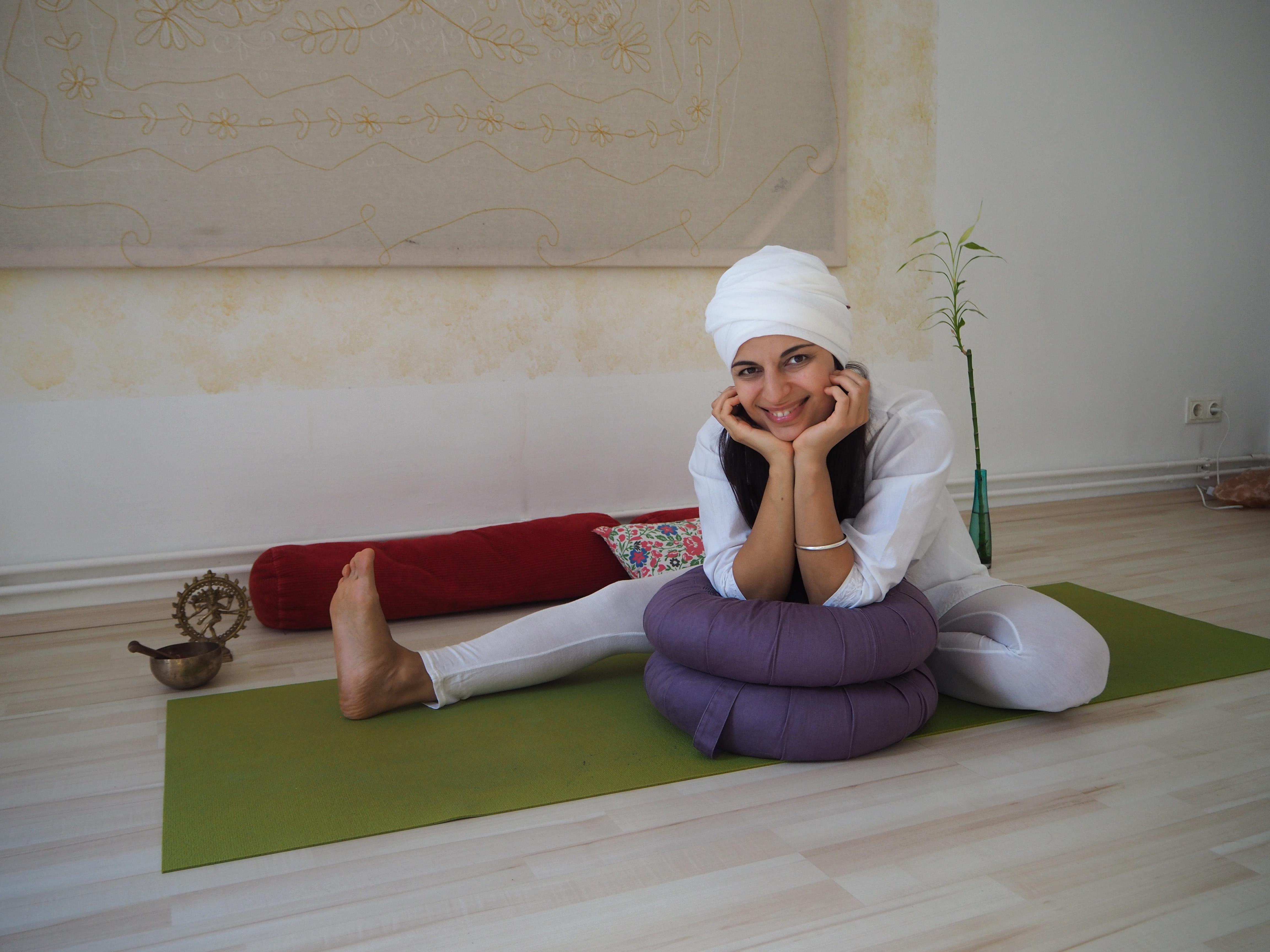 йога онлайн ната сири джот